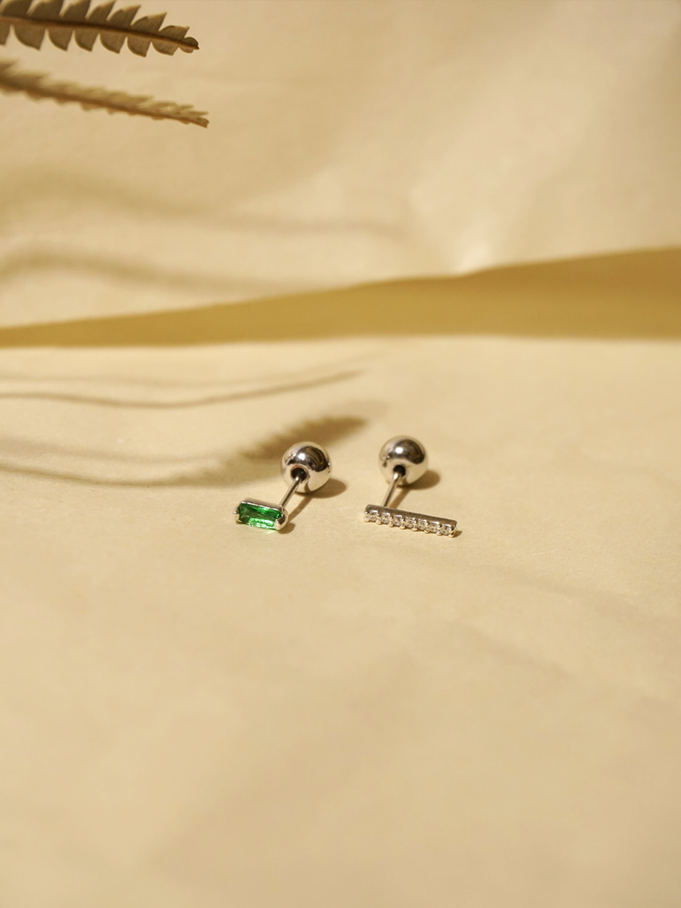 Daily 2way earrings_Bar cubic