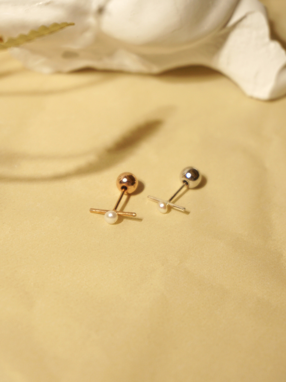 Daily 2way earrings_Stick+pearl
