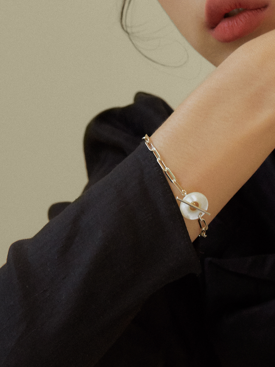 Mother pearl donut bracelet_middle (마더펄도넛팔찌_미들)