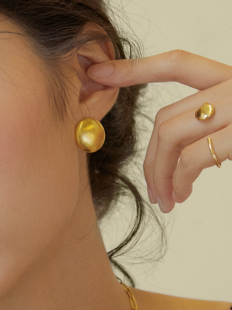 Dome earrings (돔귀걸이)